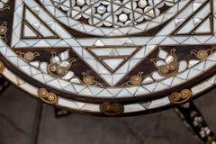 Οθωμανική τέχνη με τα γεωμετρικά σχέδια στο ξύλο Στοκ εικόνες με δικαίωμα ελεύθερης χρήσης