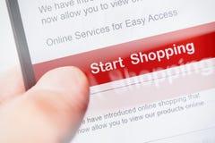 Οθόνη αφής Smartphone με το κόκκινο κουμπί Στοκ φωτογραφία με δικαίωμα ελεύθερης χρήσης