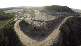 Οικιακά απόβλητα απορρίψεων πόλεων εναέριο strandja φωτογραφίας βουνών της Βουλγαρίας Απόρριψη πόλεων Στοκ φωτογραφίες με δικαίωμα ελεύθερης χρήσης