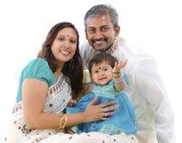 οικογένεια ευτυχής Ινδός στοκ εικόνα