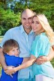 Οικογένεια με το παιδί στοκ φωτογραφία