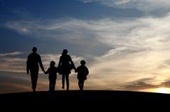 Οικογένεια που επανασυνδέεται Στοκ Εικόνες