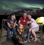 οικογένεια πυρών προσκόπ&om Στοκ εικόνες με δικαίωμα ελεύθερης χρήσης