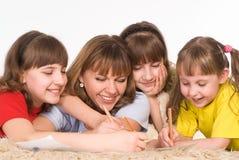 οικογένεια τέσσερα Στοκ εικόνα με δικαίωμα ελεύθερης χρήσης