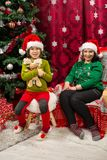 οικογένεια Χριστουγέννων ευτυχής στοκ φωτογραφίες