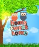 Οικογένεια δύο χαριτωμένων κουκουβαγιών με το γλυκό σπίτι κειμένων Στοκ Φωτογραφία