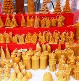Οικογενειακή έκθεση δώρων κεριών Χριστουγέννων στοκ εικόνες με δικαίωμα ελεύθερης χρήσης