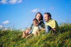 Οικογενειακή ευτυχία στοκ φωτογραφία με δικαίωμα ελεύθερης χρήσης