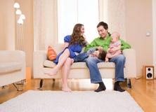 οικογενειακή κατοικί&alpha Στοκ Φωτογραφίες