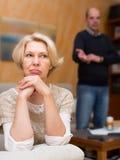Οικογενειακή σύγκρουση στο ανώτερο ζεύγος Στοκ εικόνα με δικαίωμα ελεύθερης χρήσης