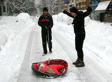 οικογενειακή nyc χιονώδης στοκ φωτογραφίες με δικαίωμα ελεύθερης χρήσης