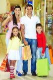 οικογενειακοί αγοραστές Στοκ Εικόνα