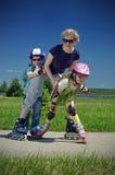 οικογενειακός αθλητι&s Στοκ εικόνα με δικαίωμα ελεύθερης χρήσης