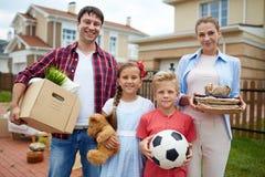 Οικογενειακός επανεντοπισμός στοκ εικόνα με δικαίωμα ελεύθερης χρήσης