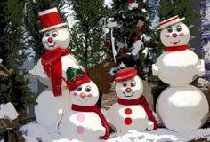 οικογενειακός χιονάνθρωπος Στοκ εικόνα με δικαίωμα ελεύθερης χρήσης