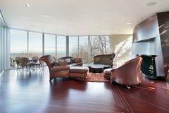 Οικογενειακό δωμάτιο με την όψη λιμνών Στοκ Εικόνες