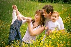 οικογενειακό ευτυχές πορτρέτο Στοκ Φωτογραφία