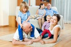 οικογενειακό ευτυχές πορτρέτο Στοκ Εικόνα