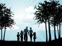 οικογενειακό περπάτημα Στοκ Φωτογραφία