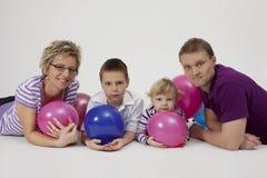 οικογενειακό πορτρέτο μπαλονιών Στοκ Φωτογραφίες