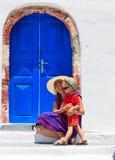 Οικογενειακό πορτρέτο σε Santorini, Ελλάδα Στοκ Εικόνα
