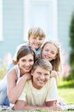Οικογενειακό πορτρέτο στοκ φωτογραφία με δικαίωμα ελεύθερης χρήσης