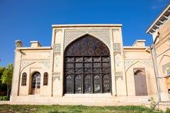 Οικοδόμηση γύρω από τον τάφο του aramgah-ε Hafez Στοκ Φωτογραφίες