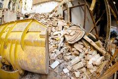 οικοδόμηση κατεδαφίζον&t Στοκ εικόνες με δικαίωμα ελεύθερης χρήσης