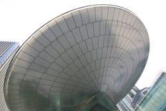 Οικοδόμηση φουτουριστική Στοκ φωτογραφία με δικαίωμα ελεύθερης χρήσης