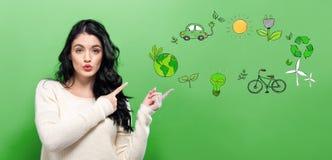Οικολογία με τη νέα γυναίκα στοκ εικόνες με δικαίωμα ελεύθερης χρήσης