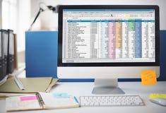 Οικονομική έννοια ξεκινήματος πληροφοριών εγγράφων υπολογισμών με λογιστικό φύλλο (spreadsheet) Στοκ εικόνα με δικαίωμα ελεύθερης χρήσης