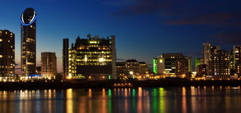 Οικονομικός ορίζοντας περιοχής του Λονδίνου - ζωηρός Στοκ Εικόνες