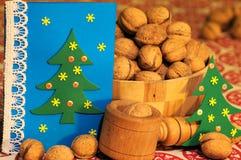 οικολογικός ξύλινος διακοσμήσεων Χριστουγέννων διακοπές δώρων Παραμονής Χριστουγέννων πολλές διακοσμήσεις χαιρετισμός Χριστουγένν Στοκ Εικόνα
