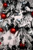 οικολογικός ξύλινος διακοσμήσεων Χριστουγέννων Στοκ φωτογραφίες με δικαίωμα ελεύθερης χρήσης