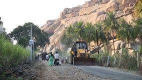 Οικοδομή στο δρόμο σε Hampi φιλμ μικρού μήκους