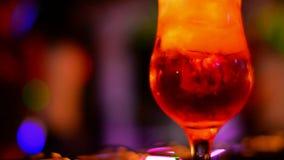 οινοπνευματώδες ποτό απόθεμα βίντεο