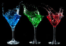 Οινοπνευματώδη κοκτέιλ καθορισμένα - κόκκινος, πράσινος, μπλε. στοκ φωτογραφία με δικαίωμα ελεύθερης χρήσης
