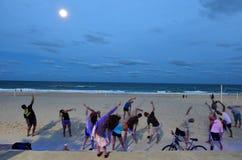 Οι άνθρωποι ασκούν στο Gold Coast Queensland Αυστραλία Στοκ Εικόνα