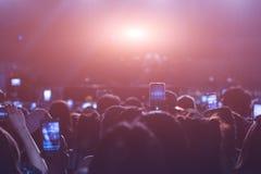 Οι άνθρωποι γεγονότος ζουν τηλεοπτική συναυλία μουσικής φεστιβάλ στοκ φωτογραφίες με δικαίωμα ελεύθερης χρήσης