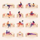 Οι άνθρωποι ζουν και εργάζονται στην απεικόνιση κινούμενων σχεδίων καναπέδων διανυσματική απεικόνιση