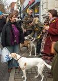 Οι άνθρωποι που μιλούν στην αντι αγορά UKIP χρονοτριβούν στο νότο Thanet Στοκ εικόνες με δικαίωμα ελεύθερης χρήσης