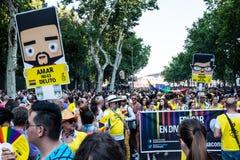 Οι άνθρωποι που συμμετέχουν σε μια επίδειξη στην ομοφυλοφιλική υπερηφάνεια παρελαύνουν στη Μαδρίτη Στοκ φωτογραφίες με δικαίωμα ελεύθερης χρήσης
