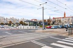 Οι άνθρωποι σε Plac Nowy Targ τακτοποιούν στην πόλη Wroclaw στοκ εικόνα