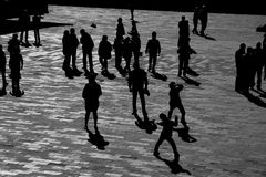 οι άνθρωποι σκιάζουν Στοκ Εικόνες
