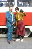 Οι άνθρωποι στα ιστορικά κοστούμια στην τροχιοδρομική γραμμή της Μόσχας παρελαύνουν - το 2017 Στοκ Εικόνες