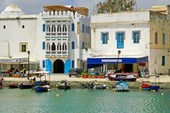 Οι άνθρωποι στηρίζονται στο θέρετρο Bizerte, Τυνησία στοκ εικόνες