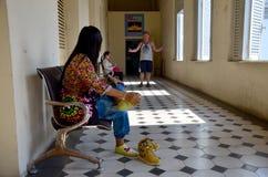 Οι άνθρωποι ταξιδεύουν στο μουσείο πόλεων Χο Τσι Μινχ Στοκ Φωτογραφίες