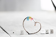 Οι λέξεις Ι σας αγαπούν ρομαντική εγγραφή που γίνεται με το χέρι Στοκ Εικόνες