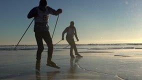 Οι αθλητές εκπαιδεύουν στη λίμνη Baikal απόθεμα βίντεο