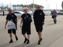 Οι αθλητικές ομάδες έρχονται στο ολυμπιακό πάρκο ΤΥΠΟΣ 1 του Sochi Autodrom 2014 ΡΩΣΙΚΑ GRAND PRIX Στοκ Εικόνες